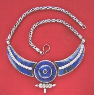 тибетское серебряное ожерелье с лазуритом