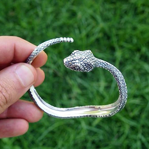 Браслет в виде змеи серебро