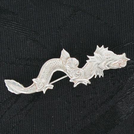 тибетская серебряная брошь ввиде дракона, серебряный дракон, брошь дракон, брошка сдраконом, тибетские украшения, талисман